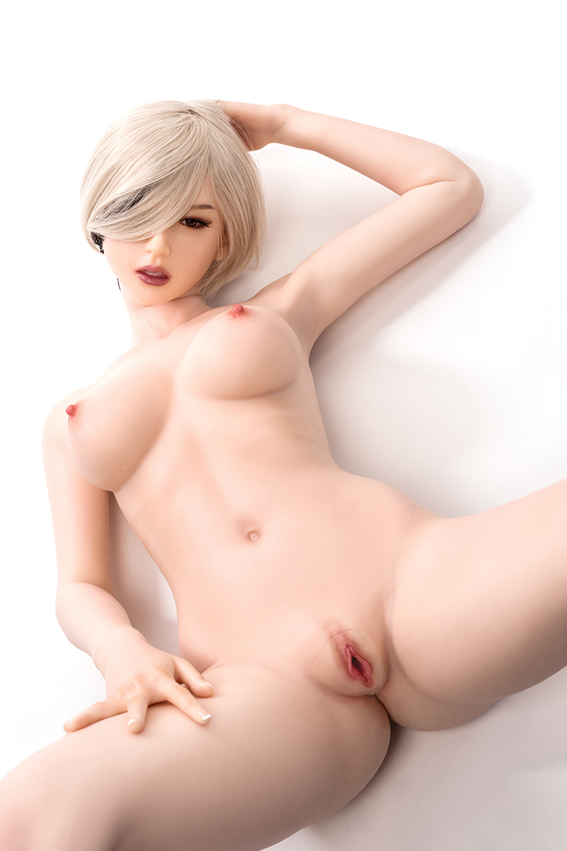 love doll body detail