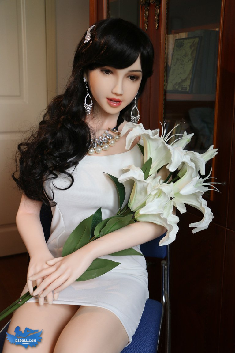 DS DOLL PICTURES | 167cm body Yolanda in red gallery