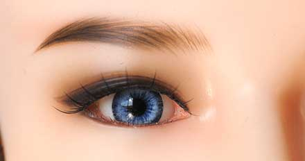 doll Blue color eye